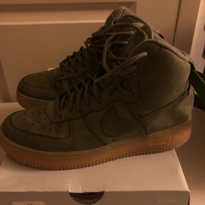 Nike Air Force 1 High Olive Sneakers